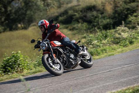 Modification Ducati Scrambler Icon by Ducati Scrambler 800 Icon 2019 On Motorcycle Review Mcn
