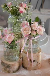 Verspielter Floraler Design Stil : hochzeitsdeko stammset holz vasen hochzeit vintage ein designerst ck von majalino bei dawanda ~ Watch28wear.com Haus und Dekorationen