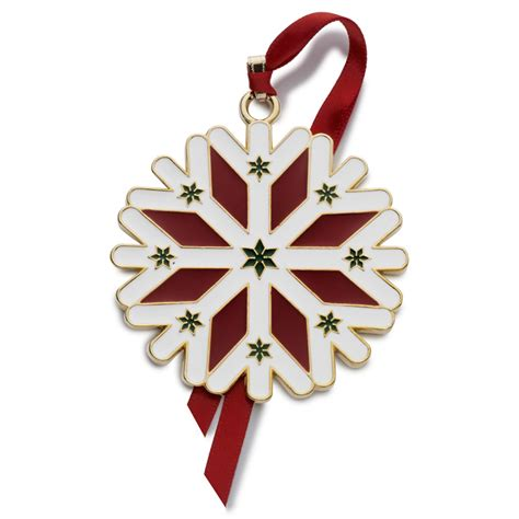 wallace wonders  christmas ornament snowflake