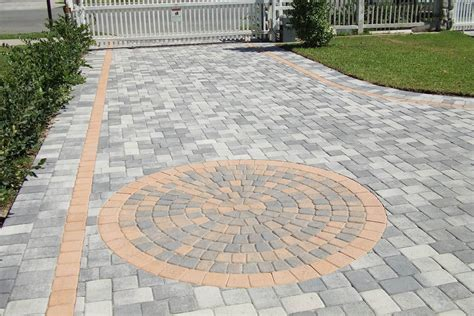 driveway paver patterns our 3 favorite driveway brick paving patterns pacific pavingstone