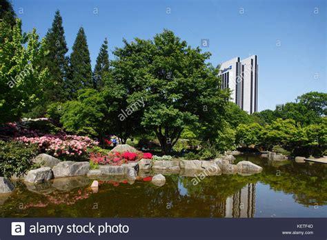 Japanischer Garten Bäume by Japanischer Garten Stockfotos Japanischer Garten Bilder
