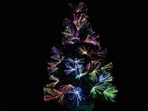 Weihnachtsbaum Mit Led Beleuchtung Lunartec Led Weihnachtsbaum Mit Glasfaser Farbwechsler