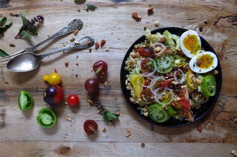 cuisiner le boulgour salade de tomates au boulgour et œuf mollet artichaut et