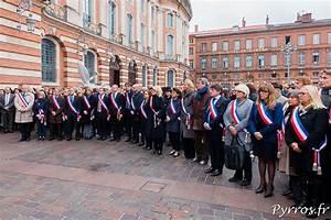 Clé Minute Toulouse : minute de silence toulouse apr s les attentats de paris ~ Medecine-chirurgie-esthetiques.com Avis de Voitures