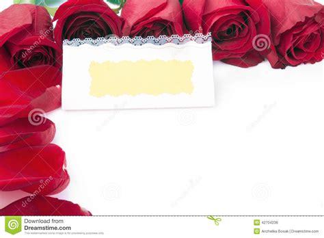 dans le cadre de carte cadeaux vierge dans le cadre des roses rouges photo stock image 42704238