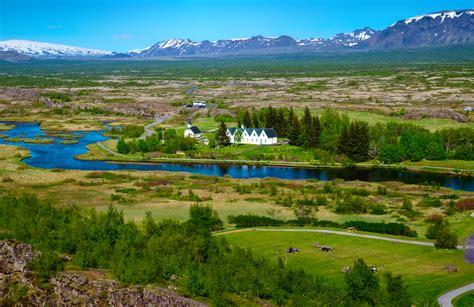 enjoy stunning nature   historic thingvellir national