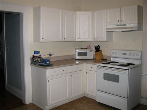 cheap kitchen cabinet remodel remodelaholic kitchen remodel on the cheap