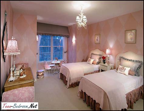 bedroom  teen sisters   teen bedroom  visit rooms  caught  eye