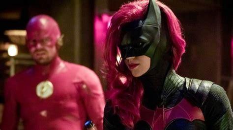 batwoman series  ruby rose green lit  cw