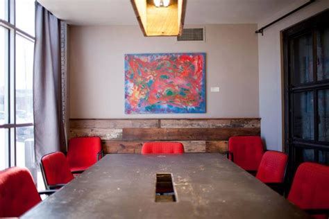 common desk deep ellum book a conference room apple tv 39 s for presentations and