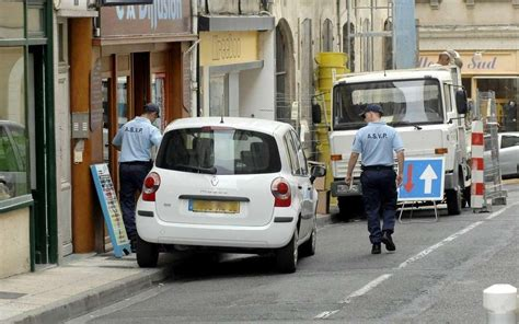 amende stationnement trottoir de nouvelles amendes de 135 euros pour quot stationnement tr 232 s g 234 nant quot sud ouest fr