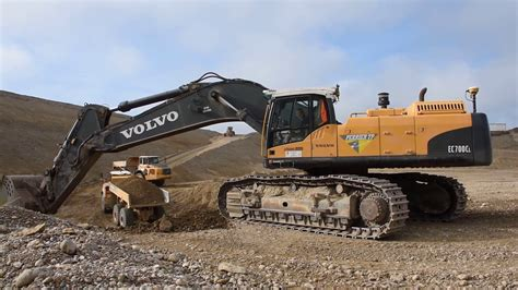 volvo ecc loading volvo ae  ag youtube