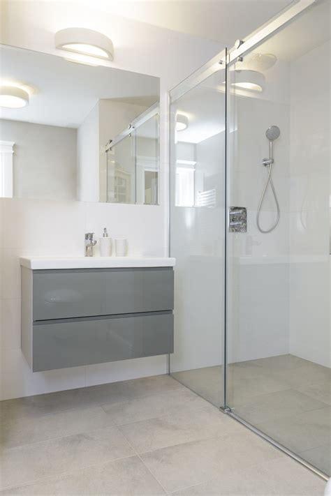 comment poser une douche  litalienne soi meme