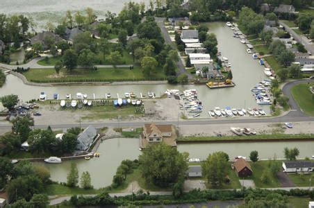 Port Clinton Boat Rentals by Harbor Park Marina Inc In Port Clinton Oh United States