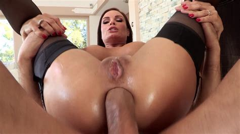 After Her Bubble But Is Oiled Up A Babe Gets Analed Movie Diamond Foxxx Milf Fox