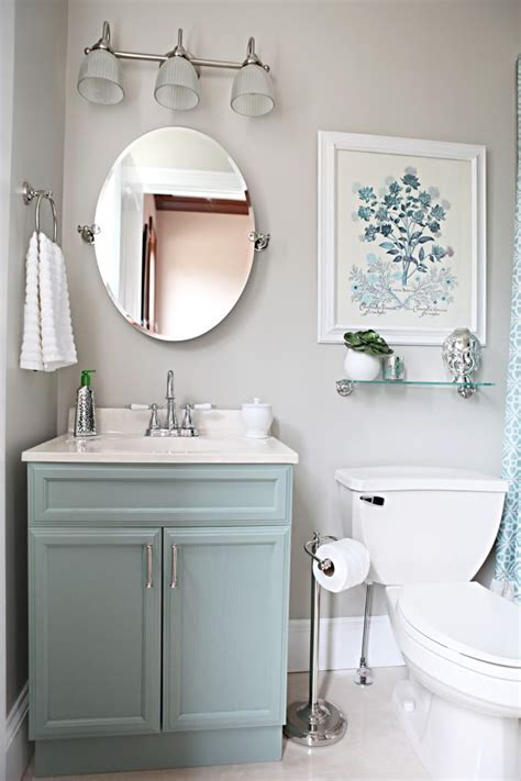 Lowes Paint Colors For Bathrooms by Best 25 Half Bathroom Remodel Ideas On Half