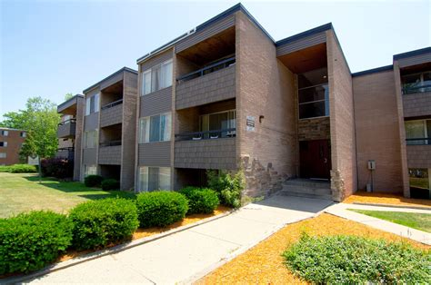 Apartments Lansing Mi by Americana Apartments Apartments In East Lansing Mi