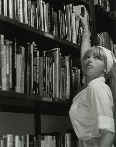 신디셔먼 Cindy Sherman 셀프 사진 여성의 몸을 찍다