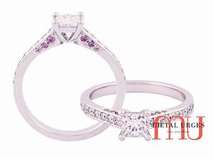 Princess cut engagement ring with australian argyle pink for Princess cut pink diamond wedding rings