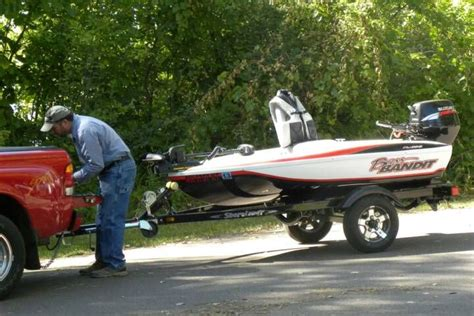 Small Fiberglass Bass Boats by 30 Best Images About Boats On Bass Boat Cat