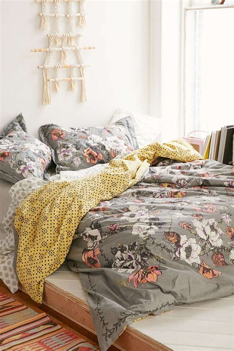 mixed patterns floral  geo plum bow olivia duvet