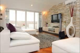 wohnzimmer ideen wandgestaltung stein wandgestaltung ideen wohnzimmer mit stein wandverkleidung und wand tv units