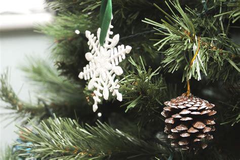 picture snowflake christmas pine tree winter