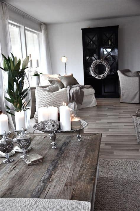Wandvertäfelung Holz Rustikal by Das Wohnzimmer Rustikal Einrichten Ist Der Landhausstil