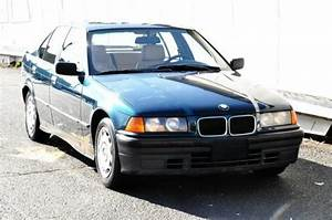 Classic 1994 Bmw 318i Sedan Low Miles Rare Find 5