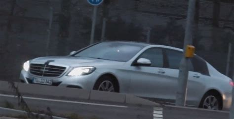 Sublime elegance and luxurious generosity in perfect harmony: Long-Wheelbase S-Class X222 Maybach Spied Near Stuttgart - autoevolution
