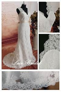 weddinggown vintage lace wedding dress bridal gown With deep v lace wedding dress