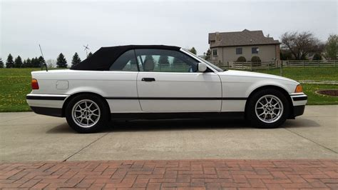 1994 Bmw 325i Convertible  Lot G48  Indianapolis 2013