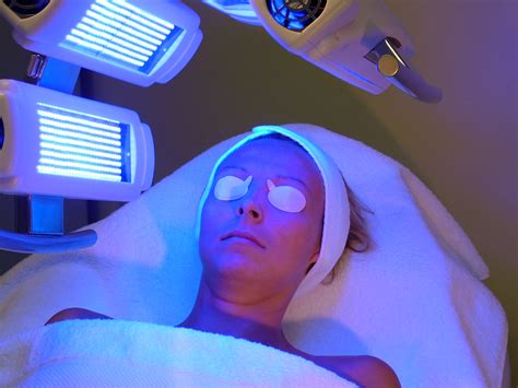blue light treatment led light therapy treatment