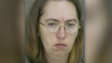 Federal judge grants stay of execution for Lisa Montgomery