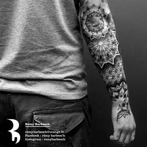Tatouage Homme Original : tatouage bras homme rosace id es de tatouages et piercings ~ Melissatoandfro.com Idées de Décoration