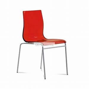 Chaise Rouge Design : chaise plastique rouge maison design ~ Teatrodelosmanantiales.com Idées de Décoration