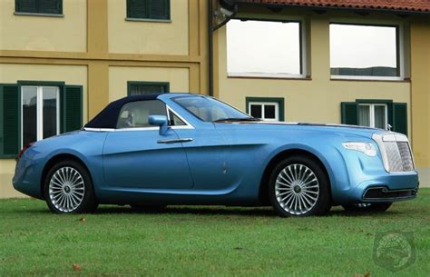 This is a nice example of the most iconic rolls royce, the sliver cloud. One of a kind Rolls-Royce Hyperion on sale for €4.5 ...