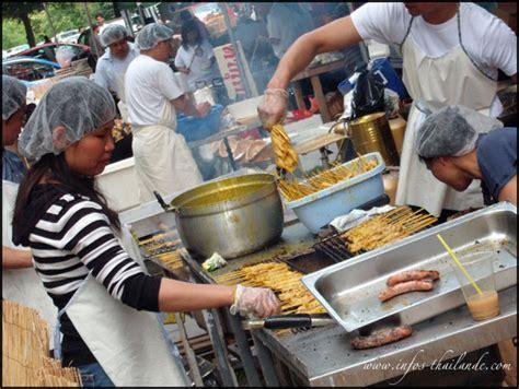 cuisine thaie l anniversaire du temple thaïlandais de moissy cramayel