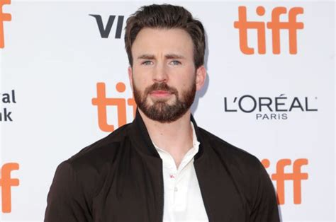 Chris Evans Posts Junk Accidentally | FM 101.9