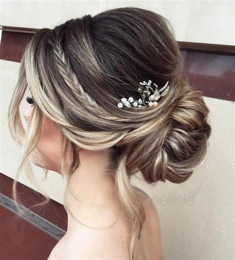 coiffure mariage chignon bas tresse 1001 photos pour trouver votre coiffure de mari 233 e et les