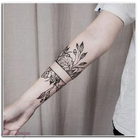 tattoo shop    tattoo shop