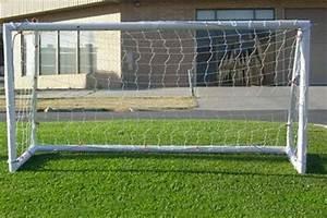 Cage Foot Enfant : pourquoi acheter une cage de foot pour ses enfants rayon sport ~ Teatrodelosmanantiales.com Idées de Décoration