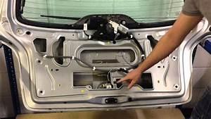 Renault Megane    Scenic Mk1 Boot Tailgate Lock Rear Button