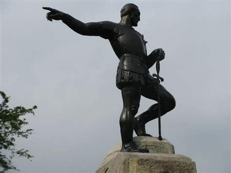 Por ahora, parece que no. Sebastián de Belalcazar   Su dedo apunta hacia el pacífico ...