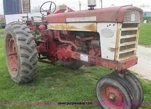 International Farmall 460 Tractor