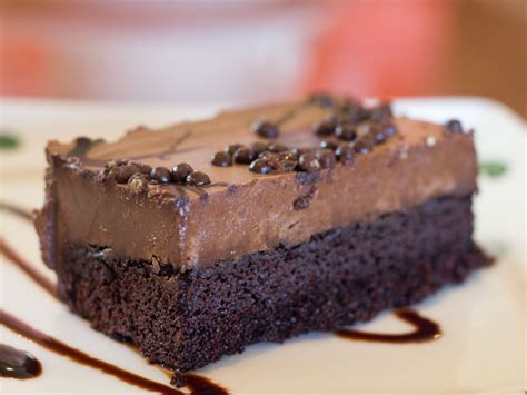olive garden chocolate mousse cake gallery we try all the desserts at the olive garden