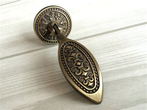 Tear Drop Dresser Drawer Handles Antique Bronze / Kitchen Cabinet Knobs Handle Knob Furniture Antique Kilim Rugs Uk Emerald Engagement Rings Vanity With Mirror Wedgwood China Shopping Online Letters For Sale Furniture Appraisal Los Angeles Vases From Japan
