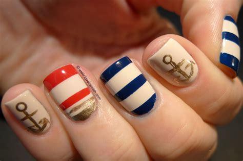 Most Beautiful 25 Summer Nail Designs