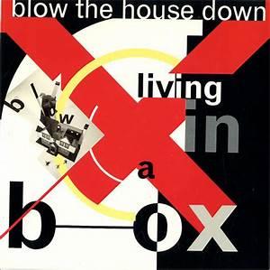 Living In A Box : living in a box blow the house down vinyl clocks ~ Eleganceandgraceweddings.com Haus und Dekorationen