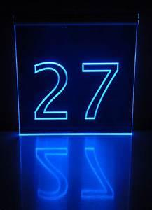 Hausnummer Beleuchtet Led : werbetechnik hausnummer 27 acrylglas schild beleuchtet ~ Frokenaadalensverden.com Haus und Dekorationen
